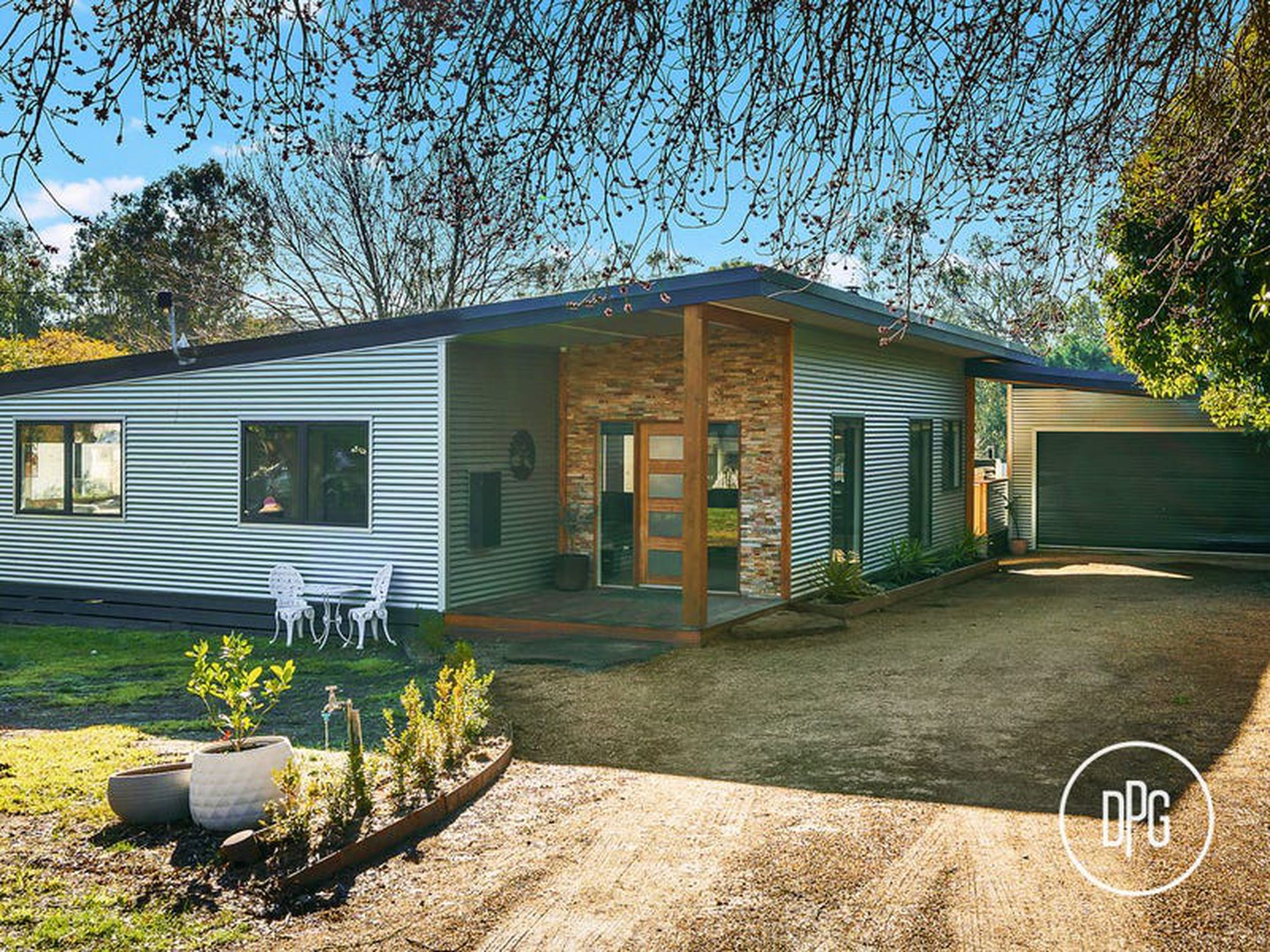 4 Young Street, Bonnie Doon