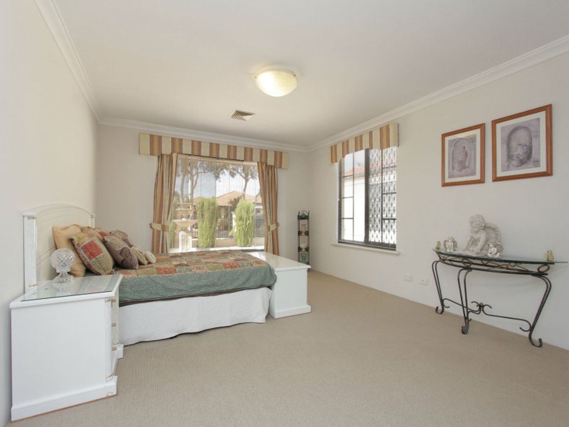 7 Houghton Close, South Guildford