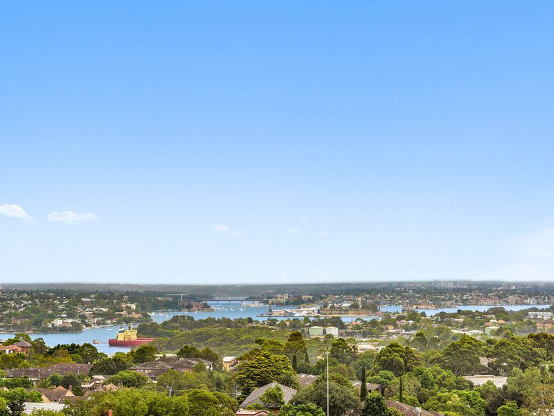 R413 / 220 Pacific Highway, Crows Nest