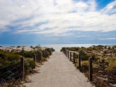 2 / 66 Seaview Road, West Beach