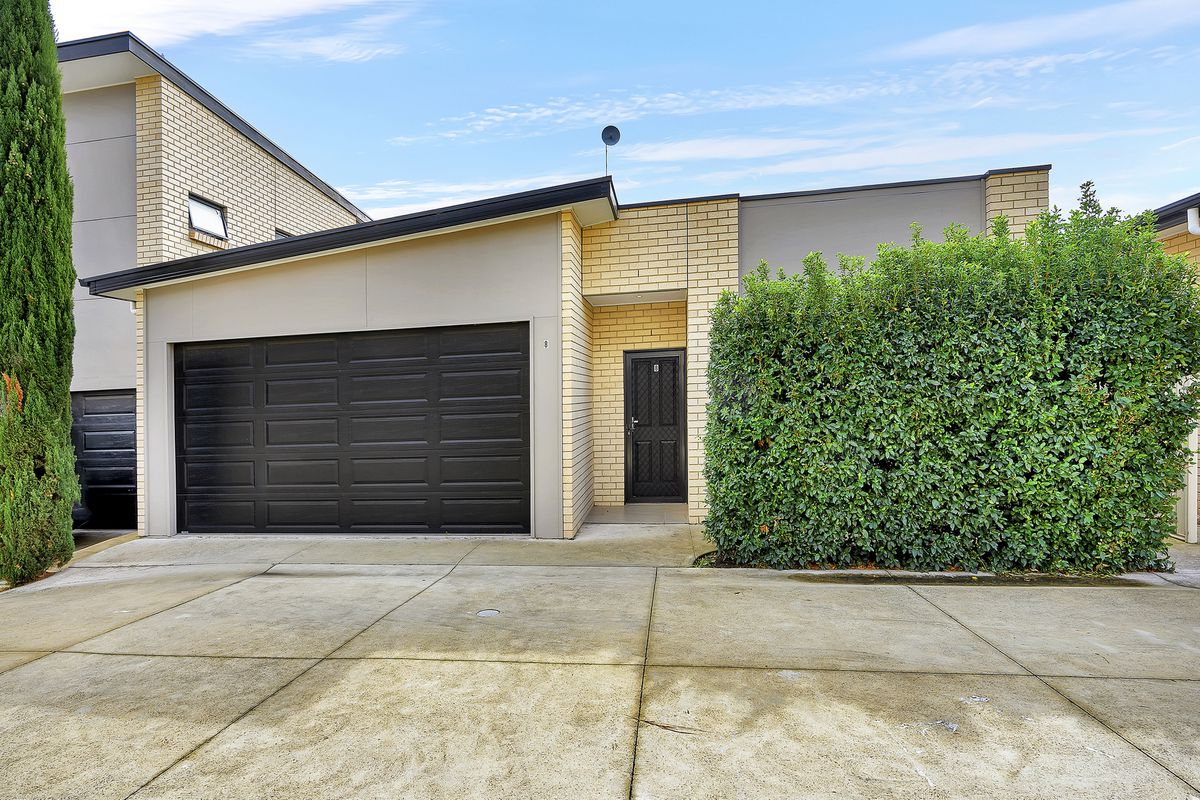 Modern Property in a Great Location, Ducted A/C