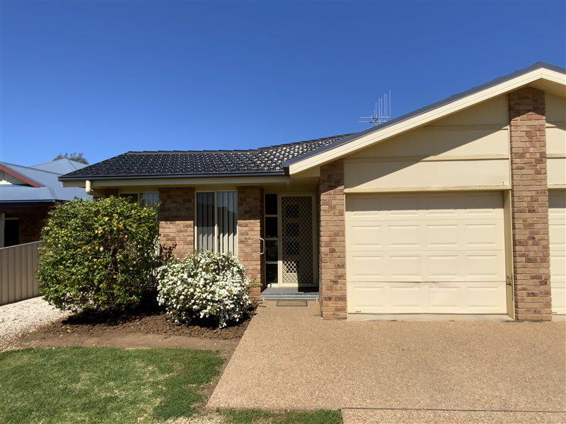 1C McMillan Place, Forbes