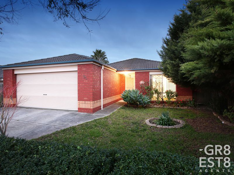 95 Harold Keys Drive, Narre Warren South