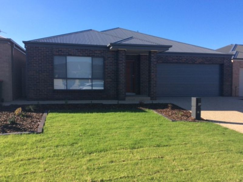 29 Hillam Drive, Griffith