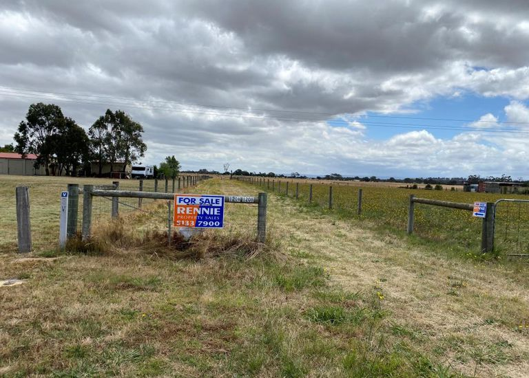 120A Willung Road, Rosedale