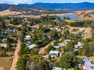 16-18 Village Way, Macs Cove