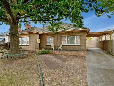 90 Clydesdale Road, Airport West