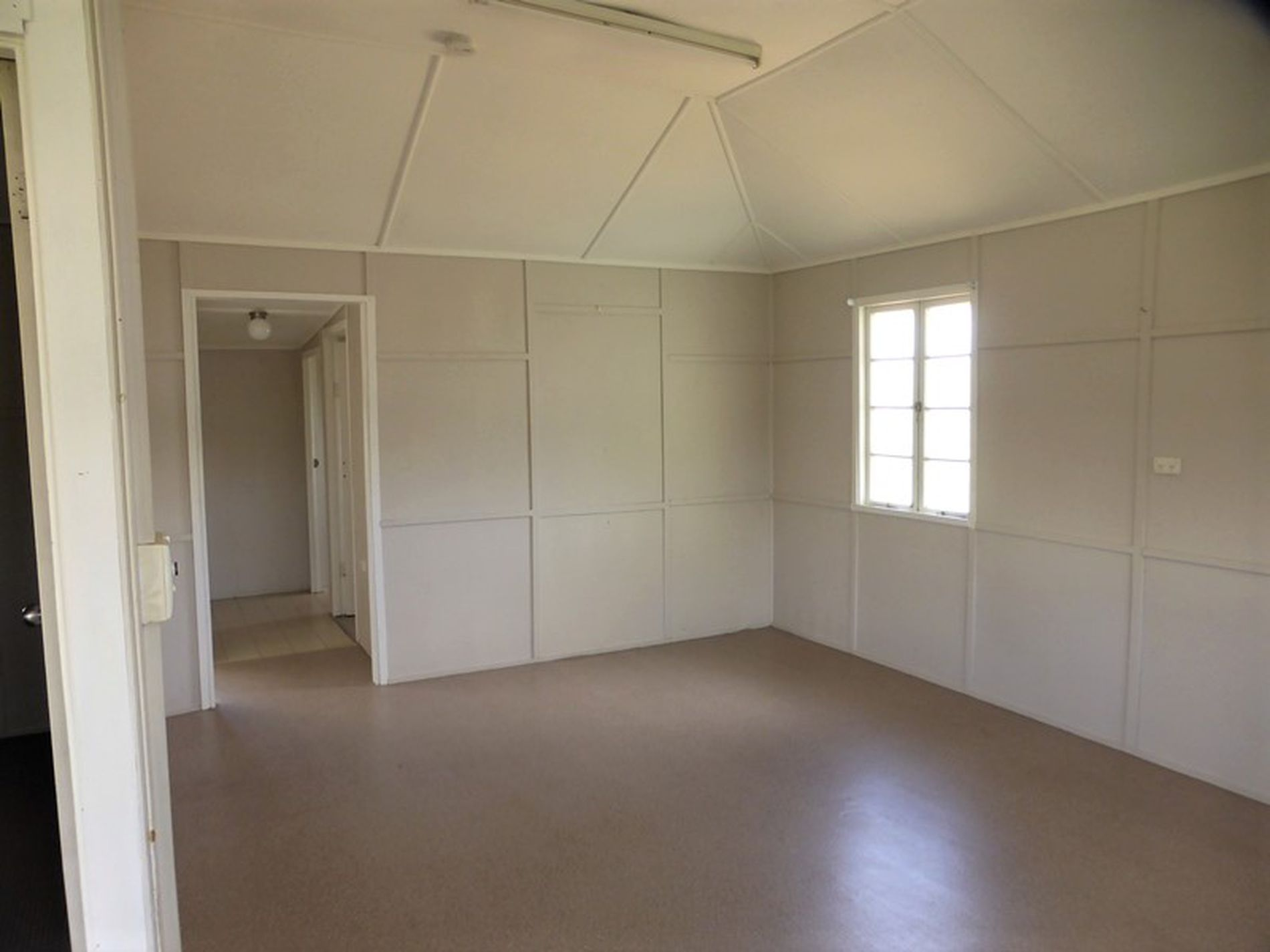 5 Daydawn Road, Charters Towers City