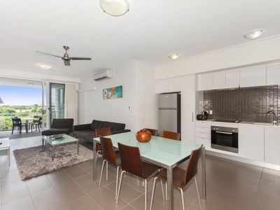 28 / 2-4 Kingsway Place, Townsville City