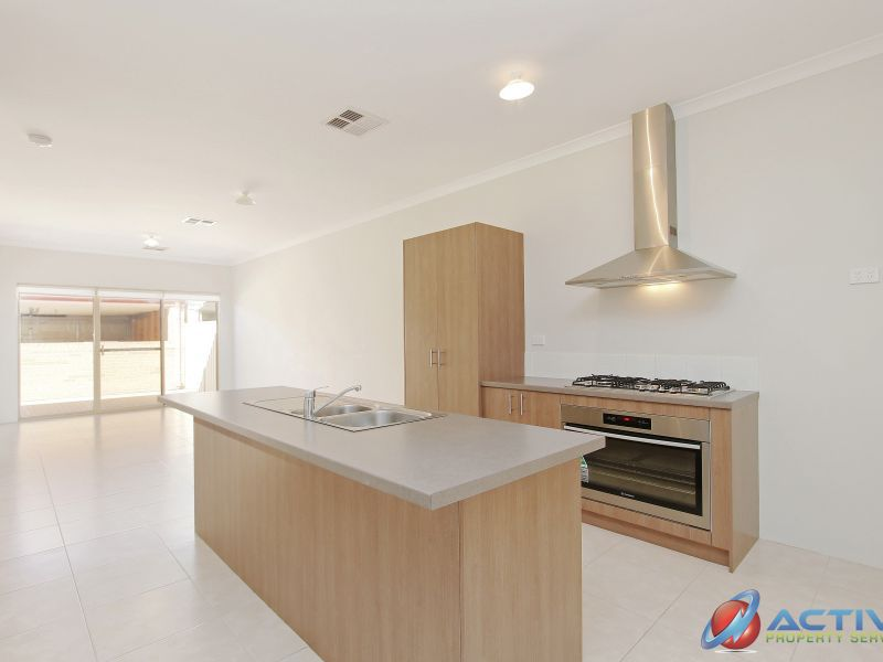 17 Pegus Way, Piara Waters