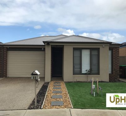 88 Bimberry Circuit , Clyde