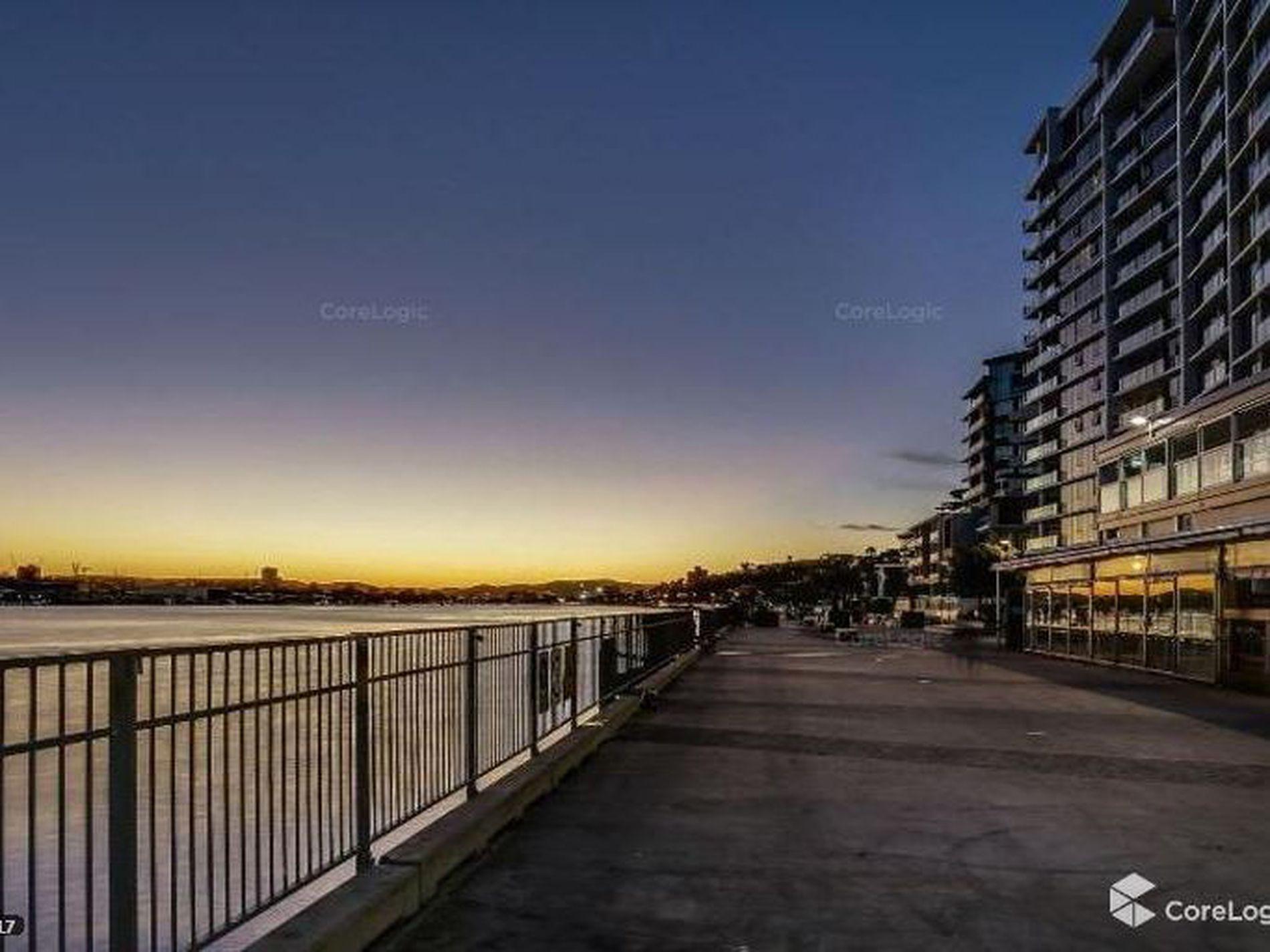 906 / 37B Harbour Road, Hamilton