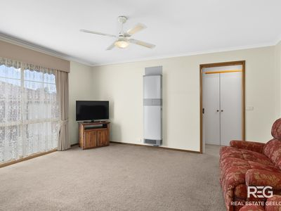 2 / 130 South Valley Road, Highton