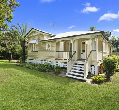 28 Barrs Road, Glass House Mountains