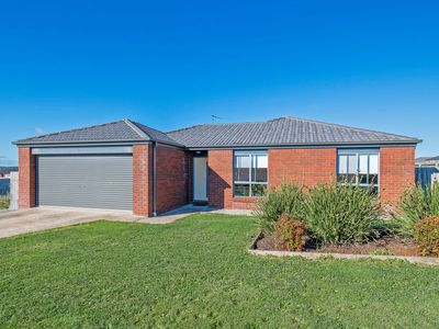 16 Tier Hill Drive, Smithton