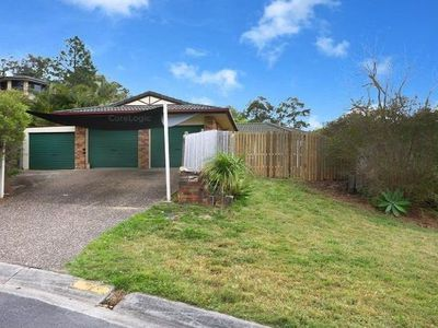1 Atoll Court, Pacific Pines