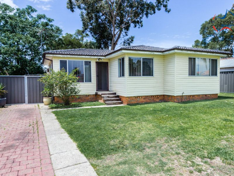 36 Melville Road, St Clair