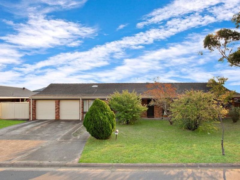 5 Feather Street, St Clair