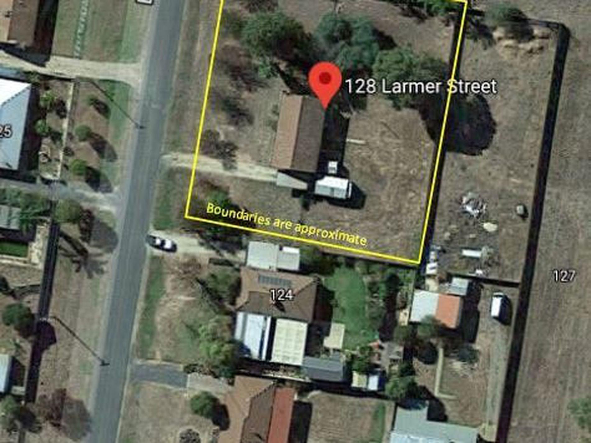 128 Larmer St, Howlong