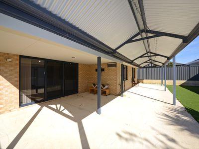 60 Salwood Loop, Banksia Grove
