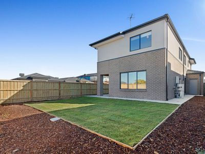 2 Whalers Street, Point Cook
