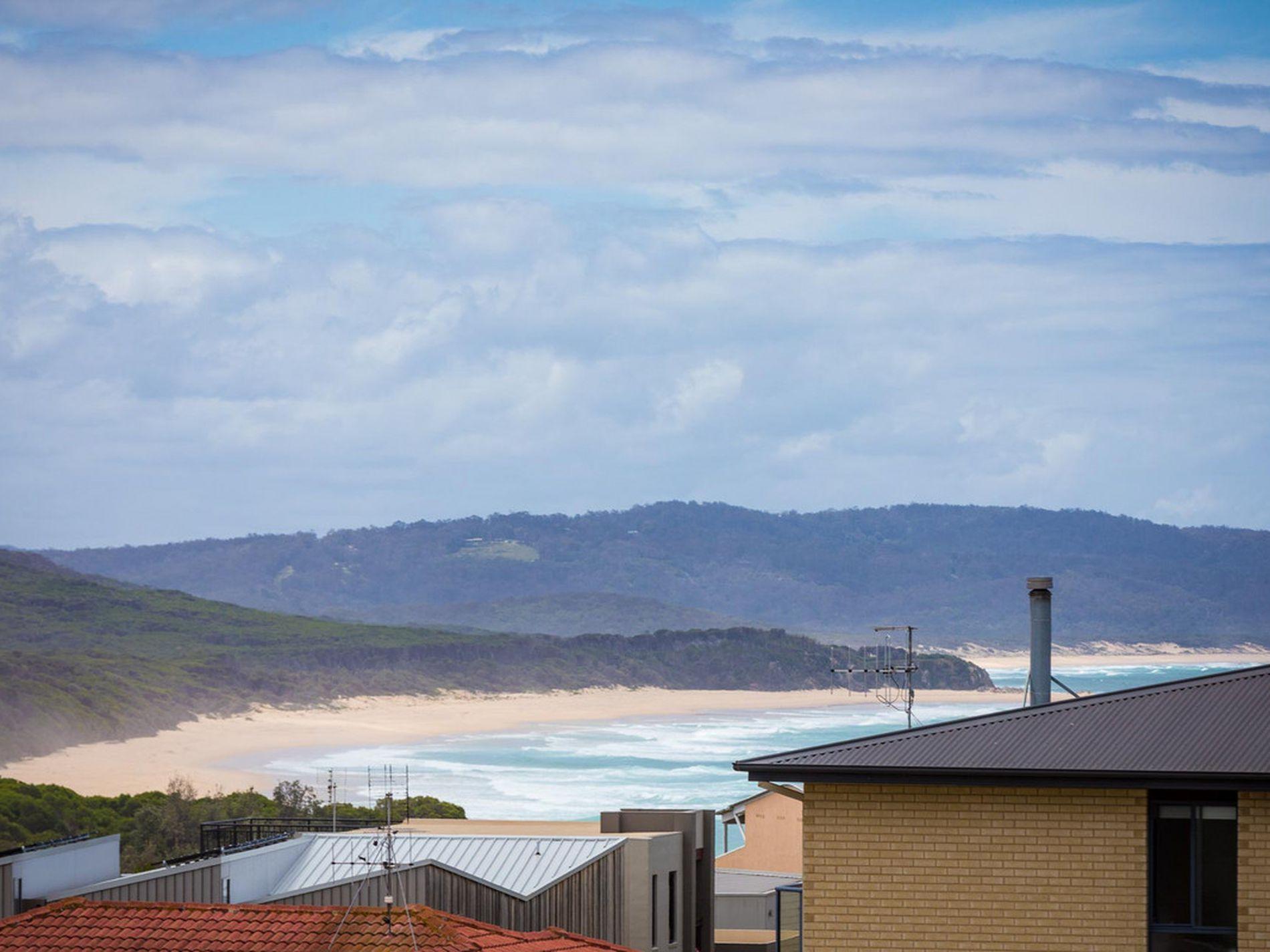 9 Madeline Court, Tura Beach