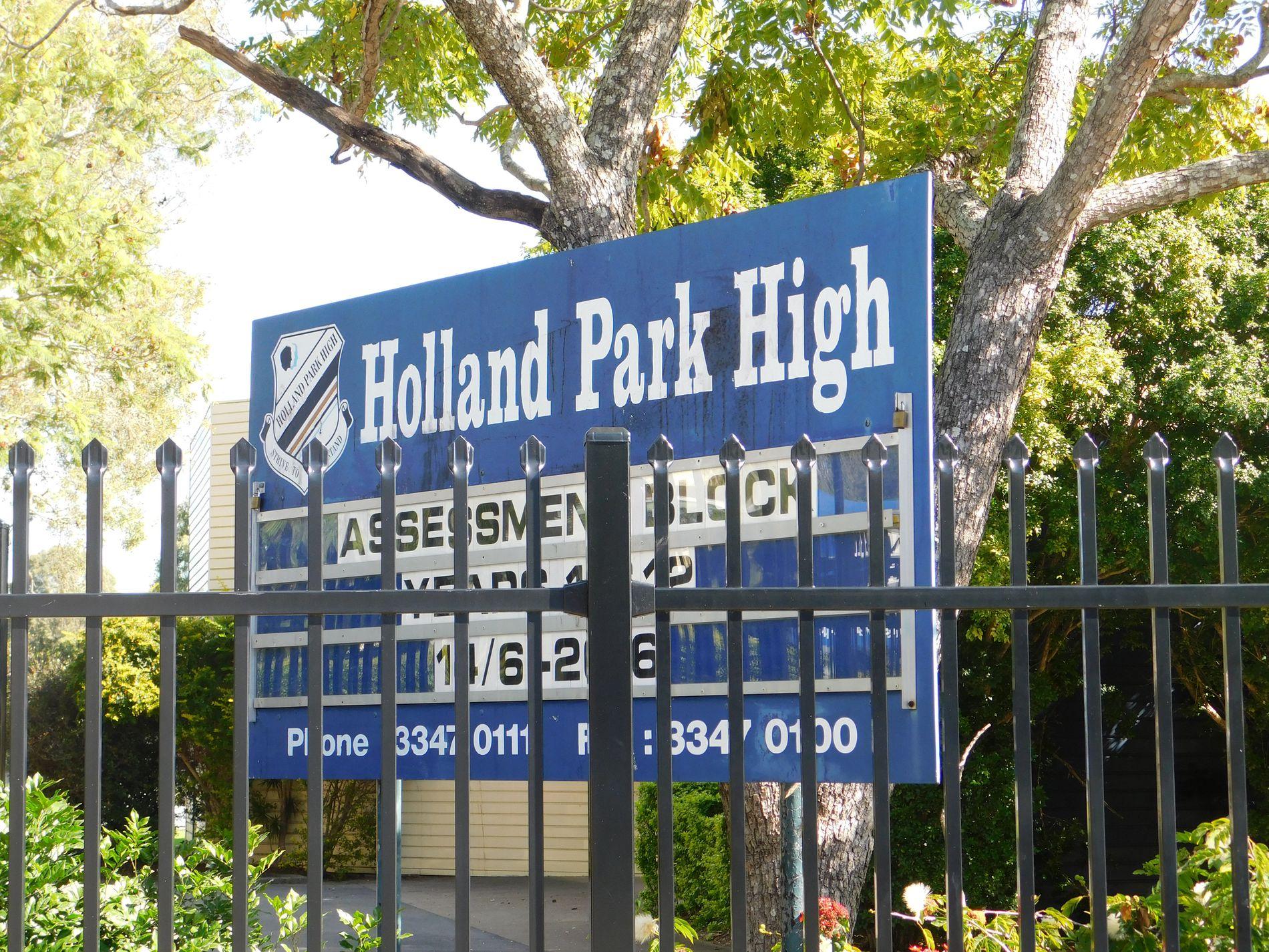 2 HECTOR ROAD, Holland Park