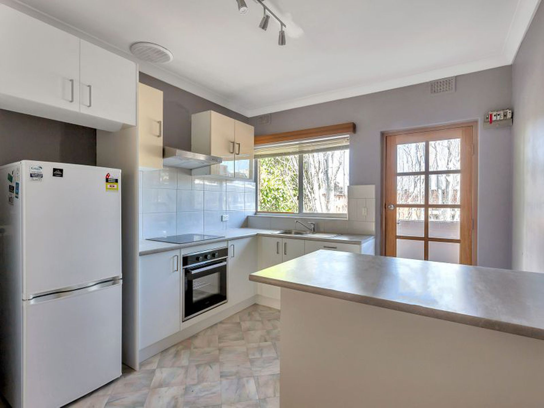 10 / 241 Young Street, Unley