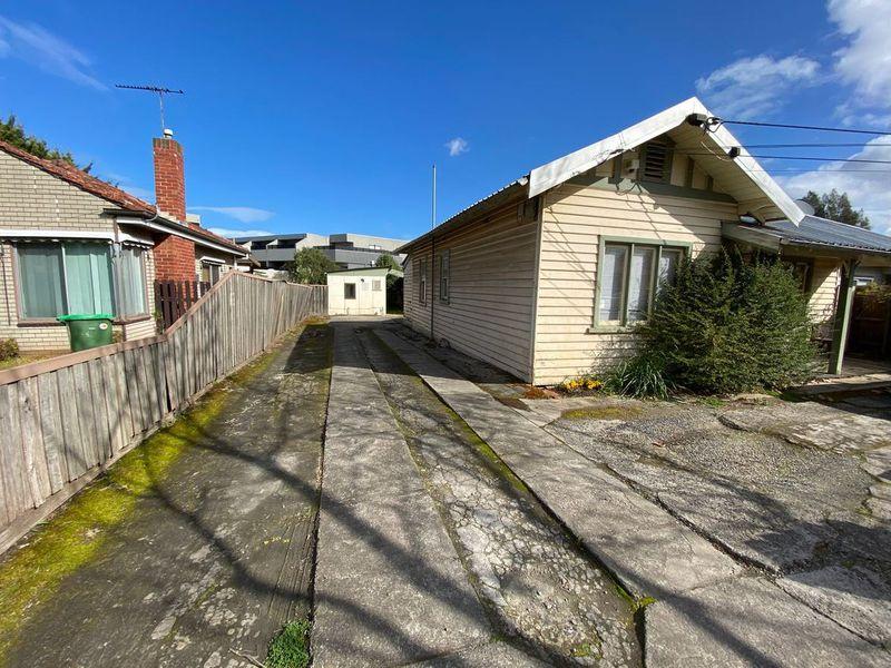1 / 5 Ormond Road, West Footscray