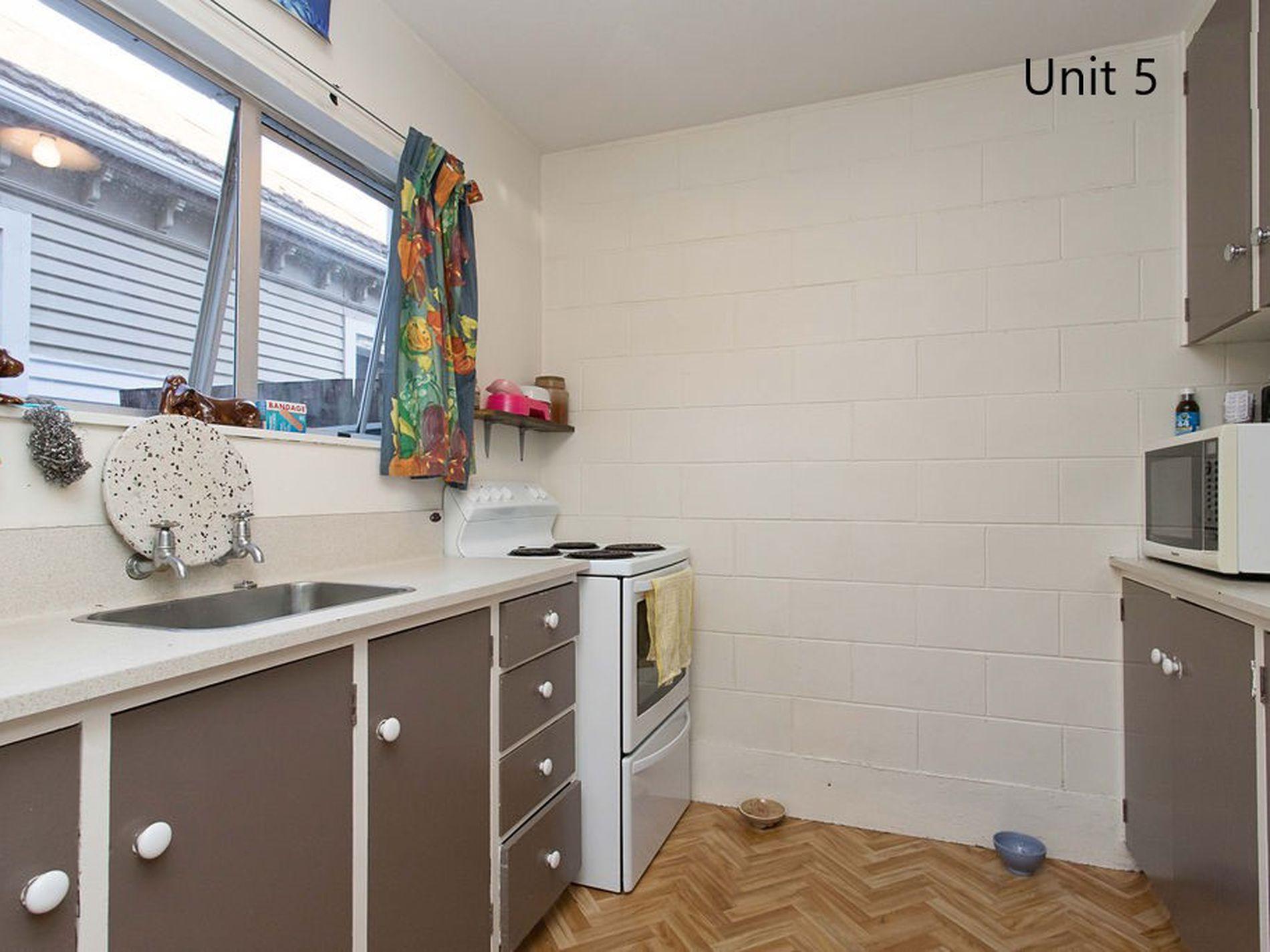 Unit 1,2 / 25 Vienna Street, Waltham