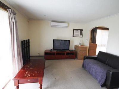16 Donovan Drive, Wangaratta