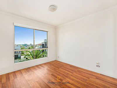 49 / 5 Thompson Road, Patterson Lakes
