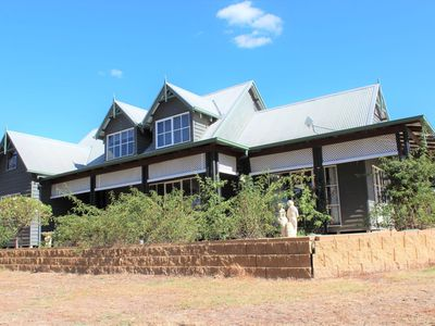 54  Eleven Mile Creek Road, Glenrowan West