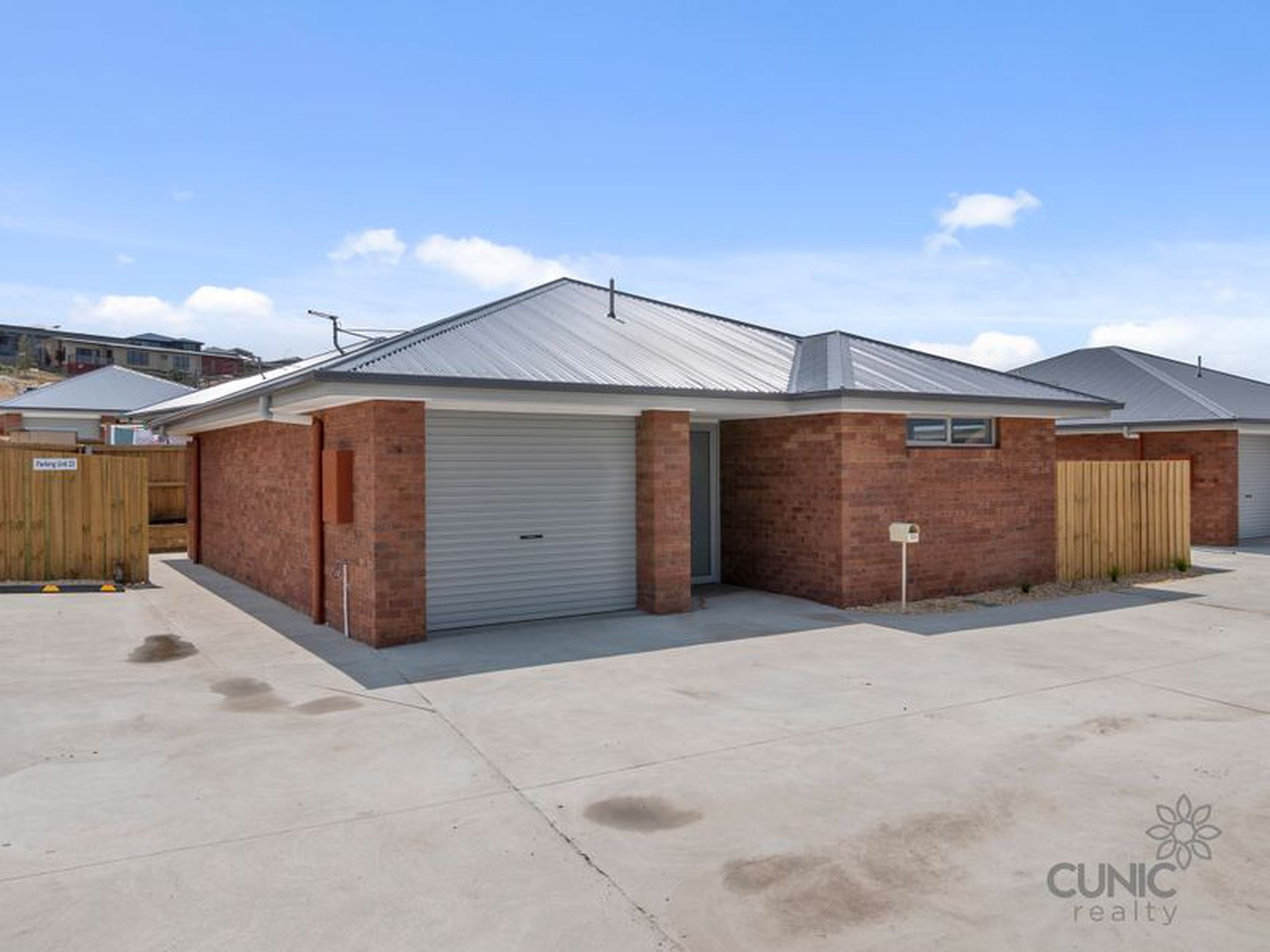 23 / 6 Dubs Drive & Co Drive, Sorell