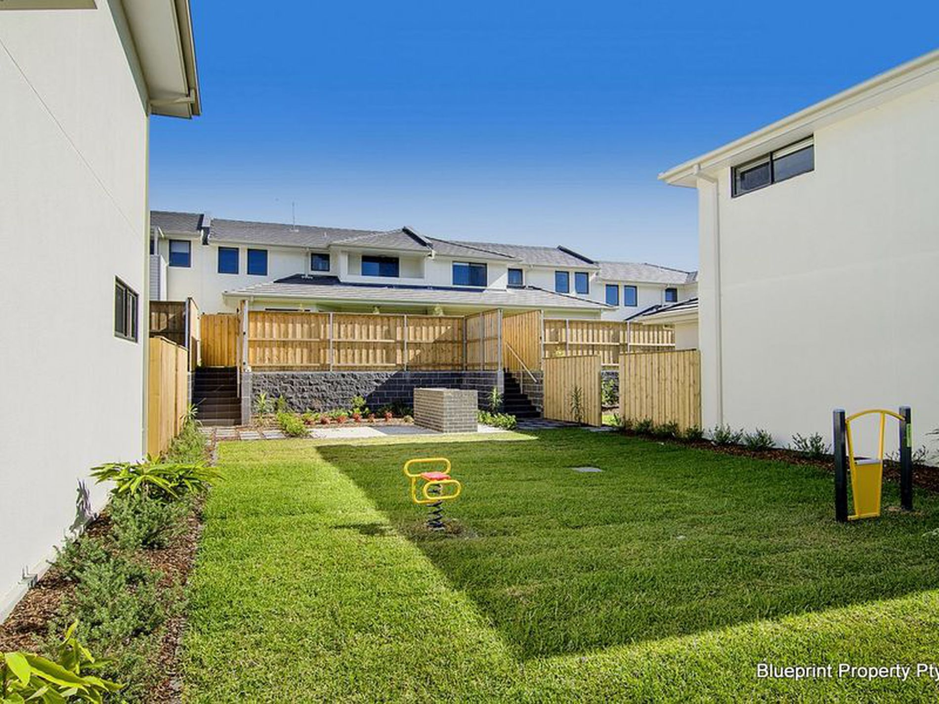 2 / 2 McCausland Place, Kellyville