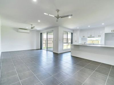 4 Seafarer Court, Jacobs Well