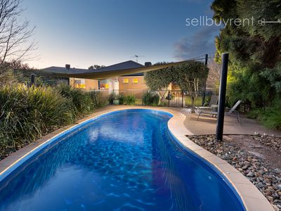 6 HELM COURT, Wodonga