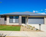 8 EASTON LANE, Leneva