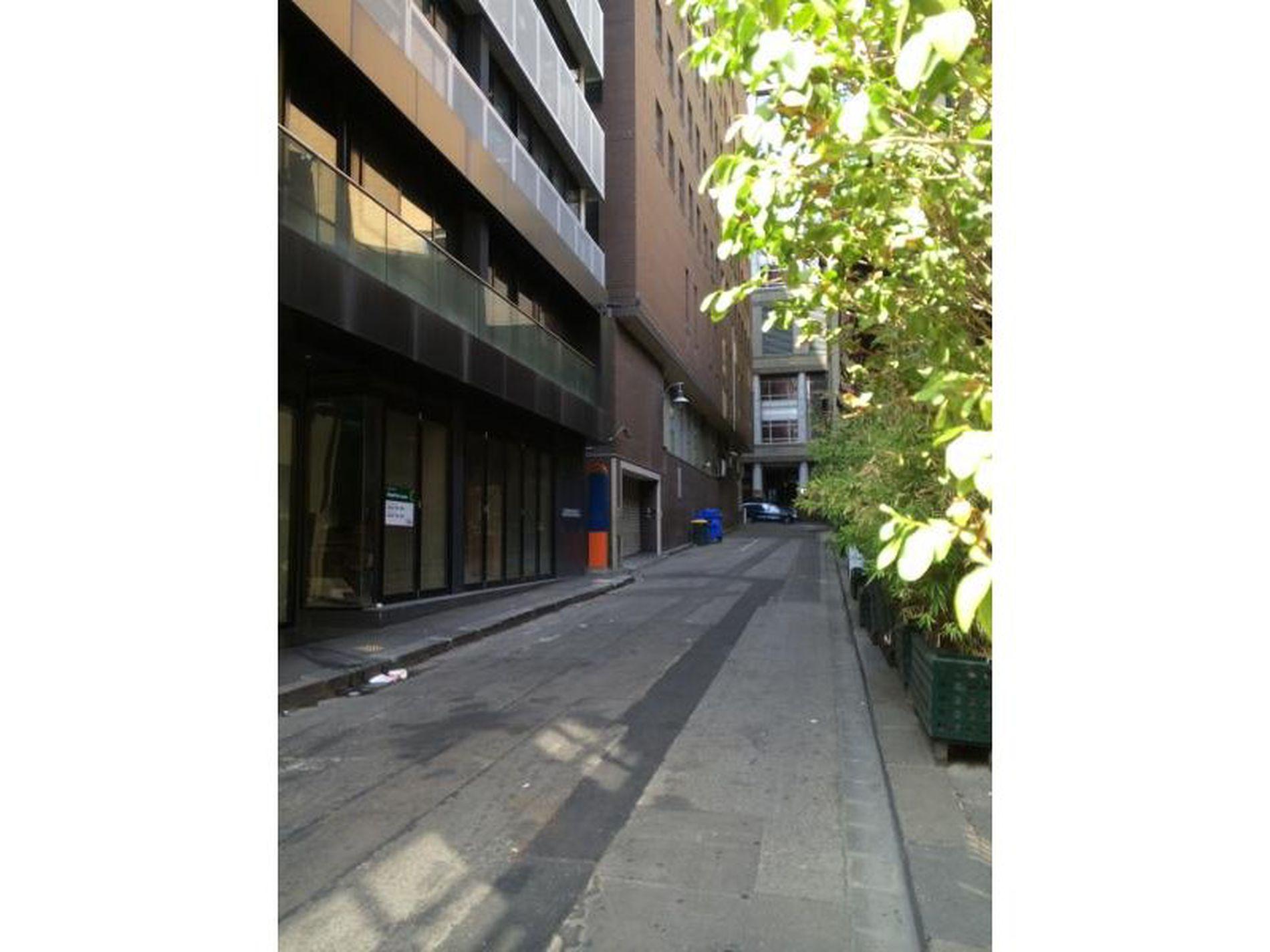 1003 / 20 Coromandel Place, Melbourne