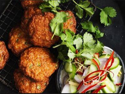 Downtown Thai restaurant $65,000 +SAV
