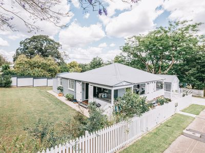 53 GLEBE ROAD, Newtown