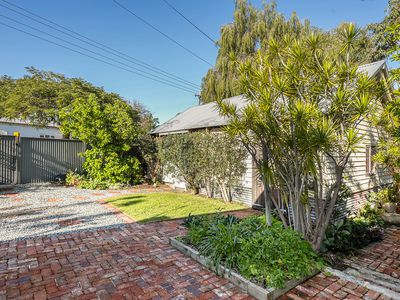135 Whatley Crescent, Bayswater
