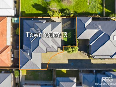 3 / 11 TOYNE AVENUE, Hamlyn Heights