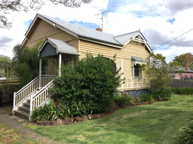 10 Cecil Street, Toowoomba City