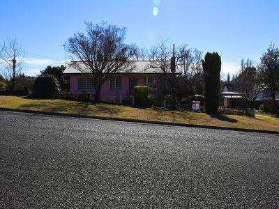 12 Short Street, Glen Innes