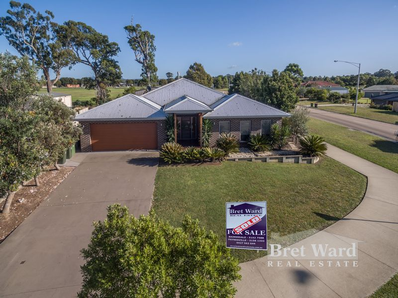 97 Gatehouse Dr, Eastwood