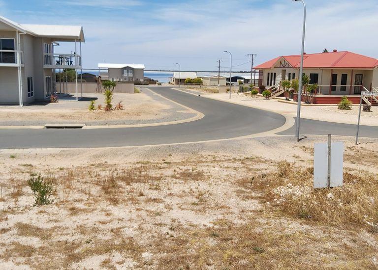 20 Seascape Road, Point Turton
