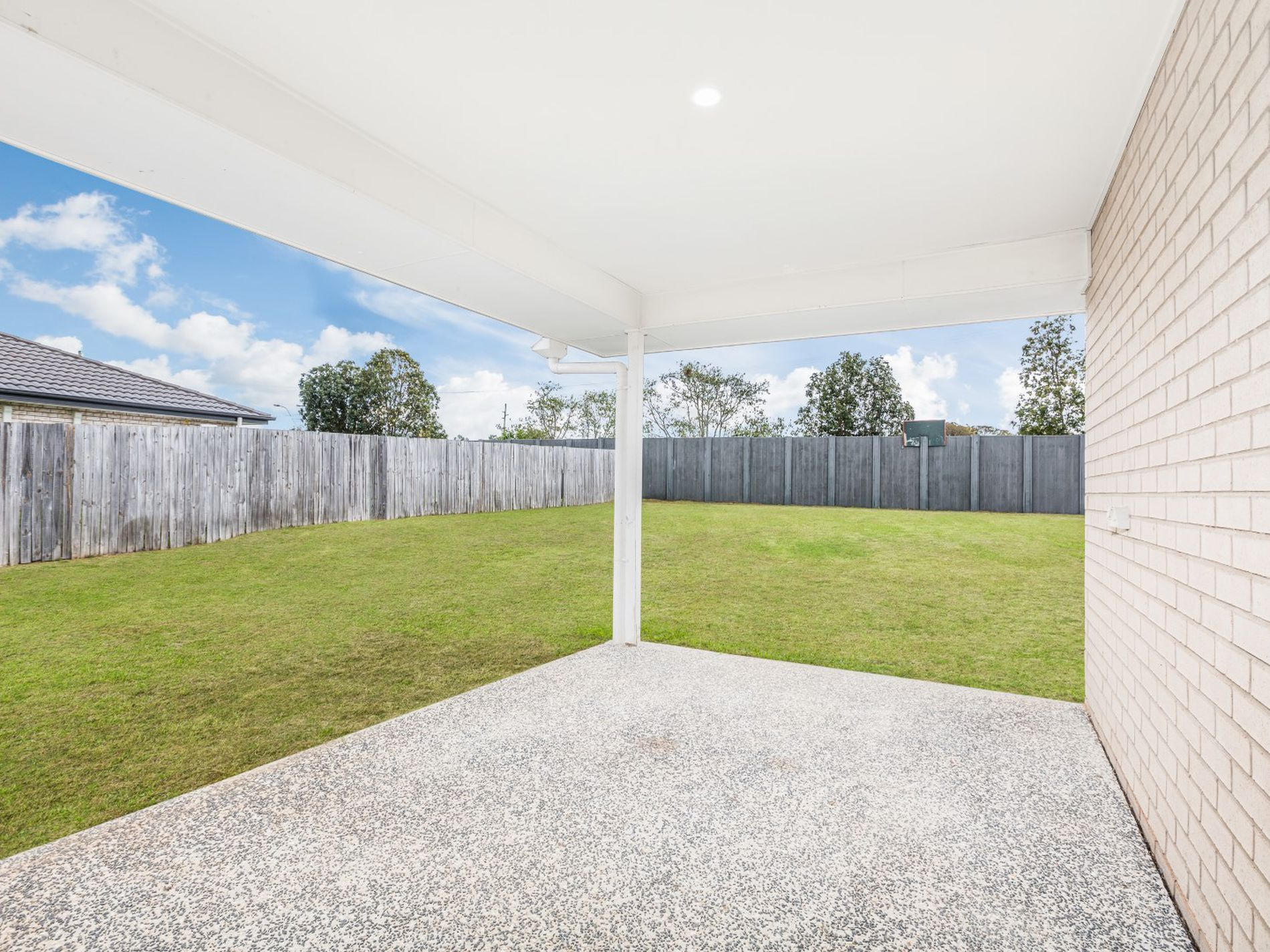 19 SPOONBILL COURT, Lowood