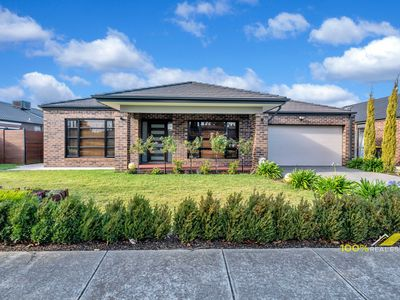 17 BLUE LAKE DRIVE, Wallan