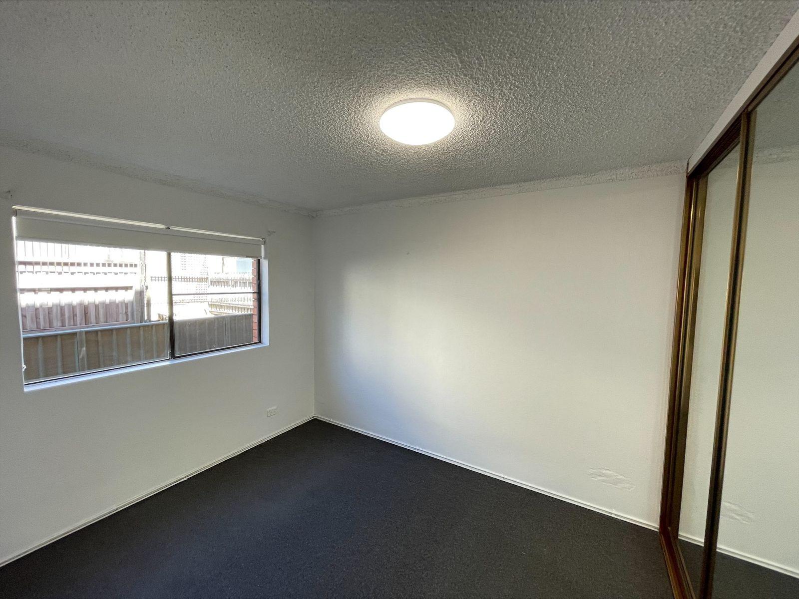2 / 76 Corrimal Street, Wollongong